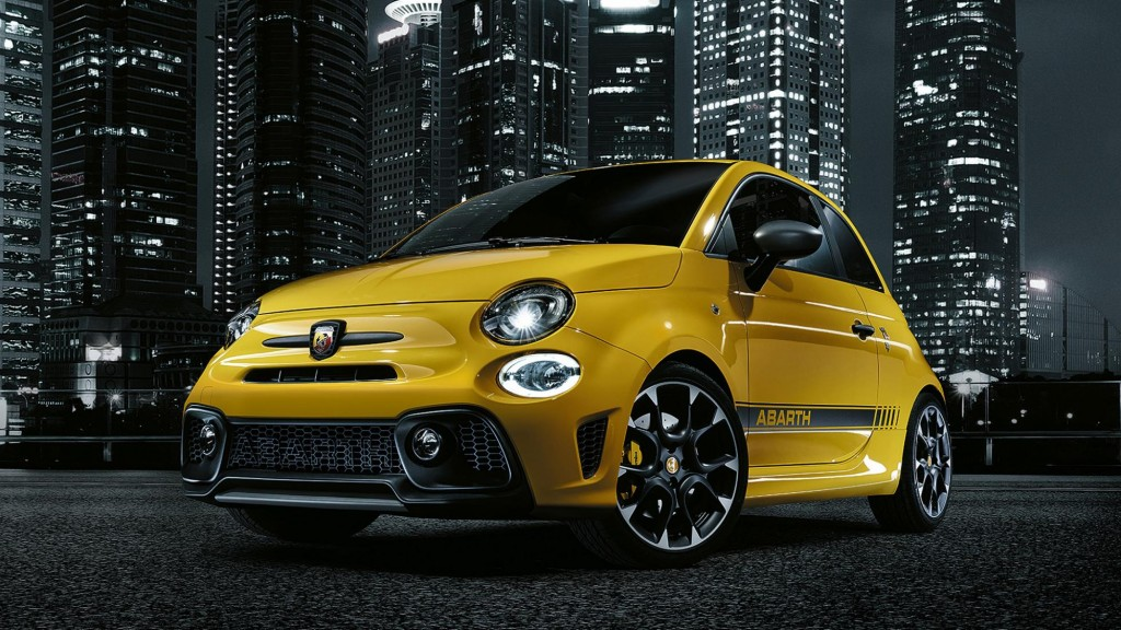 new_abarth_595_01